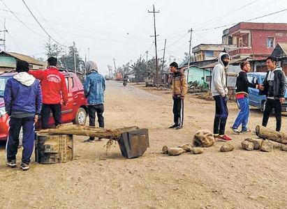 Shutdown total in Imphal, different districts