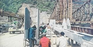 Barak, Makru bridges comp