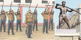 State pays rich tributes