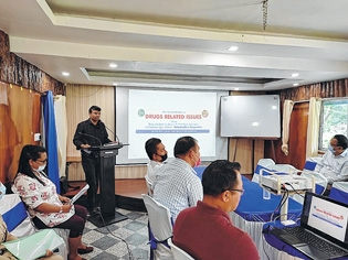 Seminar moots State-centr