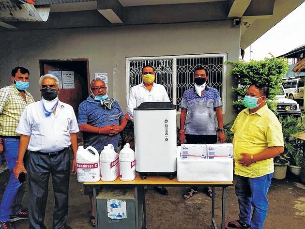 Sanatan Samaj donates oxy