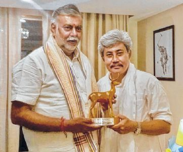 Nishikant Singh Sapam calling on Union Minister Prahlad Singh Patel